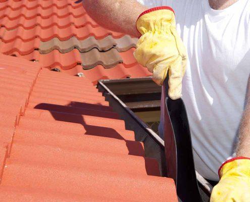 manutenzione tetto Cantone Ticino