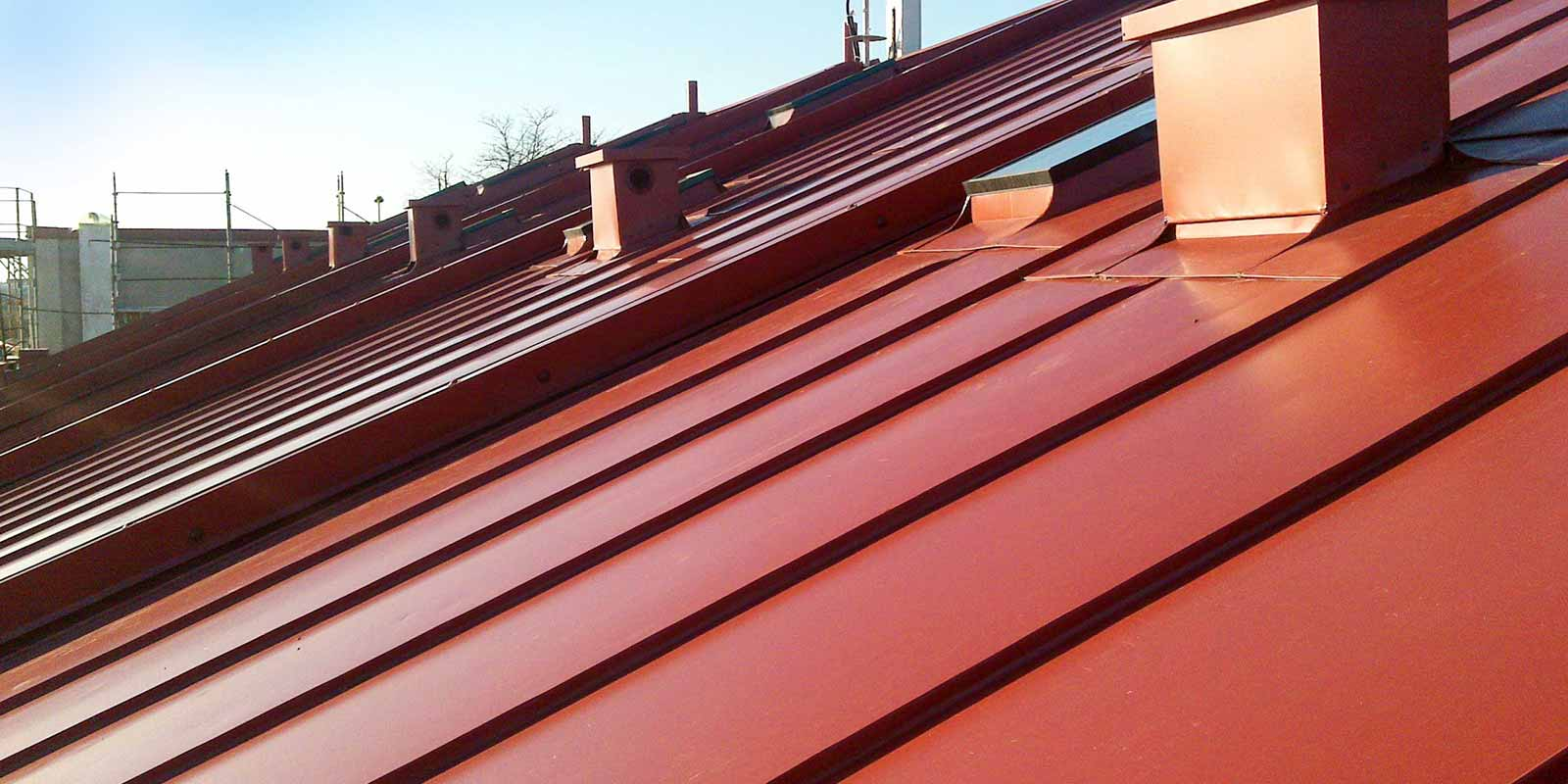 Pannelli isolanti per tetti in cantone ticino e svizzera for Finto coppo prezzi