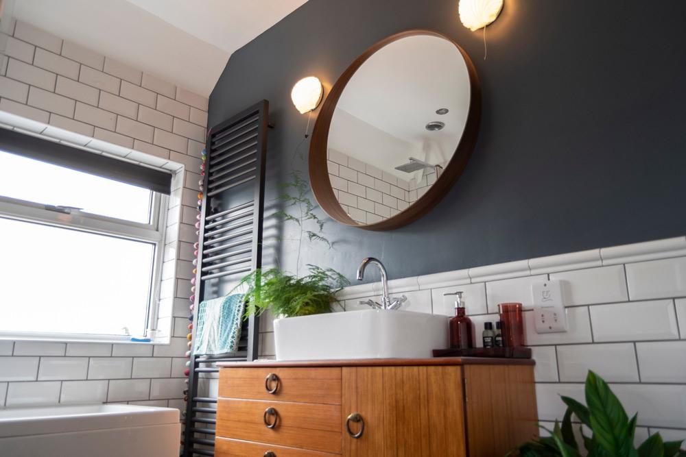 Vuoi sapere quanto costa rinnovare il bagno? Chiedici un preventivo: analizziamo insieme le esigenze e valutiamo i migliori costi per la ristrutturazione bagno
